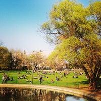 Das Foto wurde bei Volkspark am Weinberg von Stil in Berlin am 4/24/2013 aufgenommen