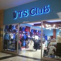 1/31/2013 tarihinde fatih b.ziyaretçi tarafından Cevahir Outlet Alışveriş Merkezi'de çekilen fotoğraf