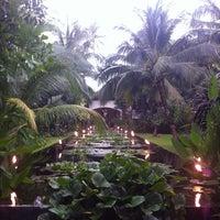 Photo taken at Anantara Bophut  Resort And Spa by Yuliya G. on 3/31/2013