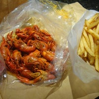 Photo taken at Hot N Juicy Crawfish by TheFoodDudez L. on 9/29/2012