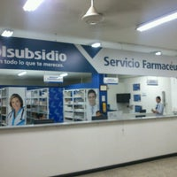 Photo taken at Servicio Farmacéutico Colsubsidio (Bolivia) by Diego Armando R. on 7/24/2013