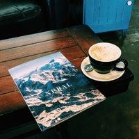 Photo taken at 8 Espressos by Aybüke K. on 12/1/2015
