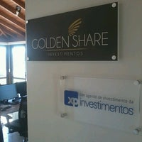 Photo taken at Golden Share Investimentos by Antonio A. on 5/10/2013