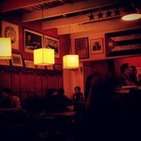 Foto tomada en Café Bar Habana por Katherine C. el 7/3/2013