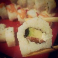 Foto tomada en Kaori Sushi Bar por Katherine C. el 5/22/2013