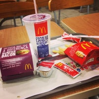 Photo taken at McDonald's by Júnior E. on 3/5/2013