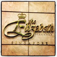 Photo taken at The Elizabeth Hotel Singapore by Margo *. on 3/31/2013