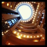 Снимок сделан в Премьер Палас Отель пользователем Lo L. 9/19/2012