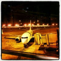 Photo taken at Gate 33 by Robert v on 1/20/2013