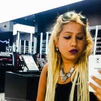 9/24/2014 tarihinde Merve T.ziyaretçi tarafından Mac Cosmetics'de çekilen fotoğraf