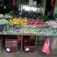 Photo taken at Kea Farm Market by amj on 12/27/2012