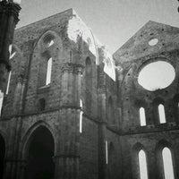 Foto scattata a Abbazia Di San Galgano da Luca B. il 12/30/2012