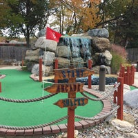 Photo taken at Castle Cove Mini Golf & Arcade by Angelina on 10/16/2016