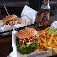 Foto tomada en Beef Brothers por Florian W. el 10/5/2013