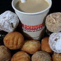 Photo taken at Dunkin' Donuts by Ryann M. on 5/26/2014