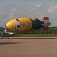 Das Foto wurde bei Executive Air Terminal (CRW) von Darren J. am 5/9/2013 aufgenommen