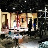 8/8/2013 tarihinde Julia R.ziyaretçi tarafından Anacostia Playhouse'de çekilen fotoğraf