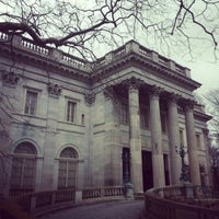 Photo taken at Marble House by Kevin H. on 12/16/2012