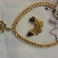 Photo taken at Omkari Fashion Jewellery by vinayak on 11/3/2013