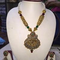 Photo taken at Omkari Fashion Jewellery by vinayak on 12/30/2014