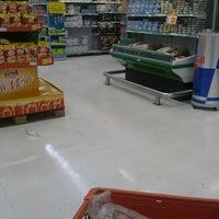Foto tirada no(a) Sonda Supermercados por Caio em 12/8/2012
