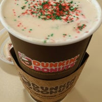 Photo taken at Dunkin' Donuts by Tinkerella66 T. on 11/7/2014