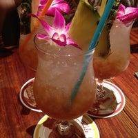 รูปภาพถ่ายที่ Aloha Table KAU KAU KORNER โดย sou เมื่อ 10/2/2012