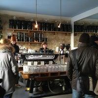 Photo prise au Bonanza Coffee par Lyndon N. le3/16/2013