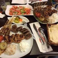 11/25/2014 tarihinde Sinan O.ziyaretçi tarafından Şişko Çöp Şiş Restaurant'de çekilen fotoğraf