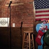 Das Foto wurde bei Town Tavern von izzi am 12/29/2017 aufgenommen