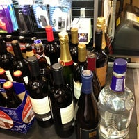 Photo prise au Total Wine & More par Mark B. le11/21/2012
