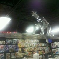 Photo prise au Austin Books & Comics par Alec K. le11/30/2012