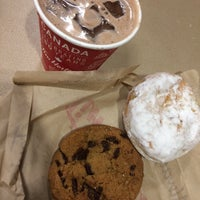 Photo taken at Tim Hortons by Gloria A R. on 5/1/2017