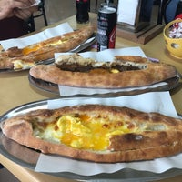 Photo taken at Ertugrul Pide by Umit O. on 3/5/2018