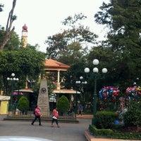 Foto diambil di Parque Miguel Hidalgo oleh Gabriela V. pada 10/18/2012