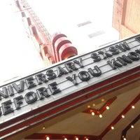 Das Foto wurde bei Stateside Theatre @ the Paramount von Gloria W. am 3/9/2013 aufgenommen