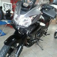 Foto tirada no(a) Fs Motos por Rogério M. em 12/22/2012