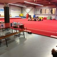 Photo taken at Tempo Gym by Vivien B. on 3/12/2013