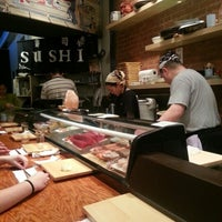 12/8/2012にJoe E.がTanoshi Sushiで撮った写真