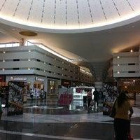 Foto tomada en Boulevard Mall por Mario el 6/15/2013