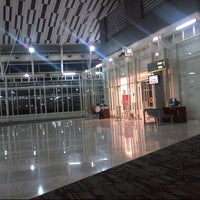 Photo taken at Gate 1 by S@muel on 4/18/2013