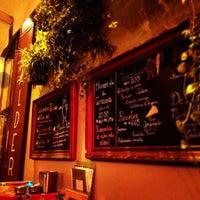 Foto tomada en Bar Calders por Claudia C. el 12/18/2012