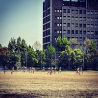 Photo taken at 大阪府立大学 中百舌鳥キャンパス by Manabe H. on 4/28/2013