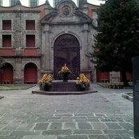 Foto tomada en Museo Nacional de las Culturas por Lauiv M. el 10/22/2012