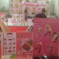 Photo taken at Tokyo Crepes by Uyen-Minh N. on 9/4/2013