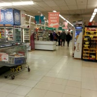 Photo taken at Carrefour hypermarkt by Ronald V. on 10/10/2012