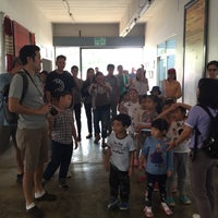 Photo taken at ศูนย์ผลิตและจำหน่ายมือ โครงการพัฒนาดอยตุง by ร้านศาลพระภูมิ อินทรศิลป์ จ. on 3/16/2015