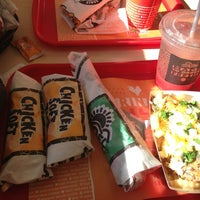 Photo taken at Del Taco by Subrina Marie on 8/22/2013