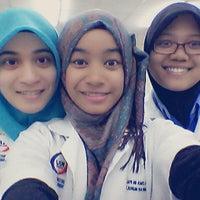 Photo taken at Pharmacy Lab, Kpj International College by ShNurul Z. on 2/27/2014