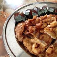 Photo taken at Kheng Pin Cafe  群宾茶室 by BadBoyBen on 12/25/2012